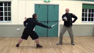 Historical fencing: 3 rules for parrying with a military sabre