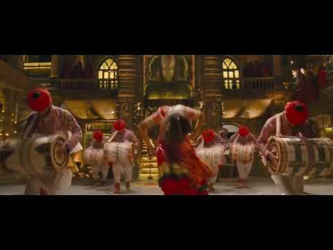 Песни и танцы из индийских фильмов