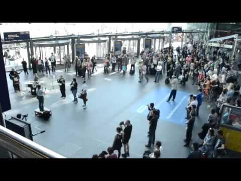 Великолепный классический флэшмоб. Германия, Берлин. 2013г.