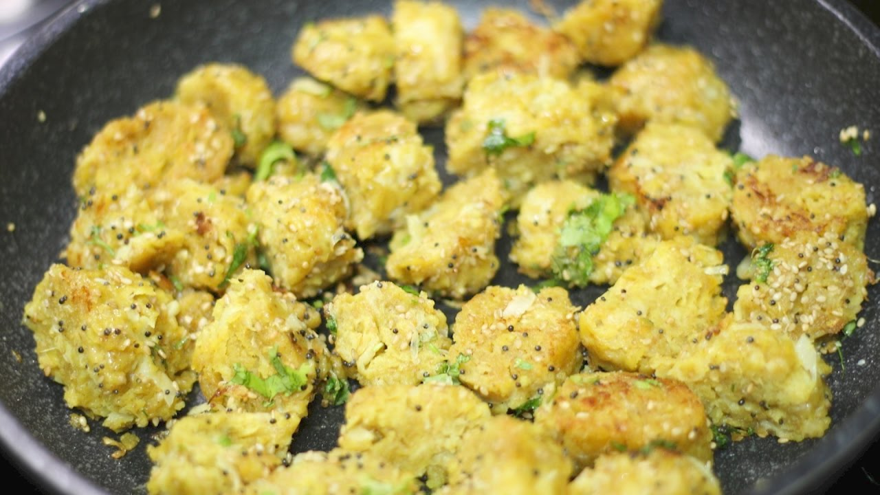 Bafela kobi na muthiya or muthia video recipe steamed cabbage bafela kobi na muthiya or muthia video recipe steamed cabbage dumplings bhavnas kitchen youtube forumfinder Image collections