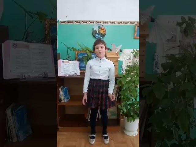Изображение предпросмотра прочтения – ГалинаАртюкова читает произведение «Колыбельная песня Аси» М.И.Цветаевой
