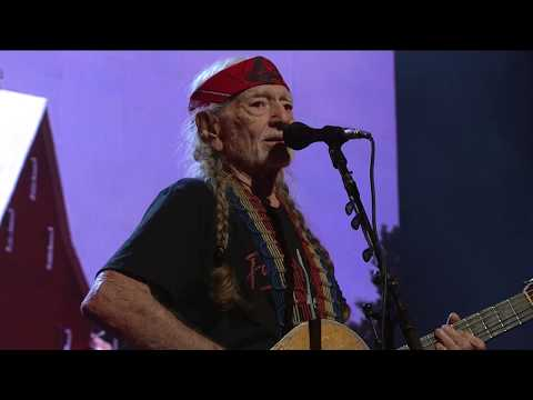 Willie Nelson & Family - Move it On Over (Live at Farm Aid 2018)