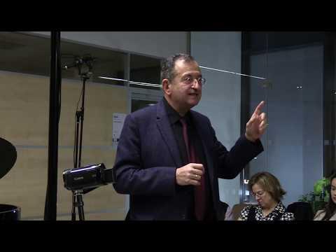 Umění cesta do duše / Prof. Cyril Höschl - Úvodní slovo ke koncertu Lobkowitz tria - 1. půle from YouTube · Duration:  22 minutes 51 seconds