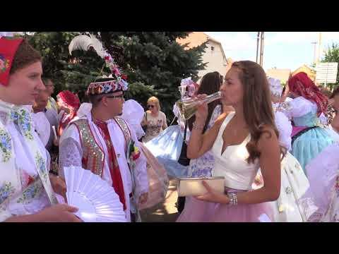 JOSEFOV-HODY 2018: z kostela vítala \