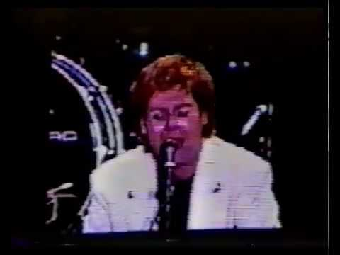 Elton John - Burn Down The Mission - Shea Stadium August 21 1992
