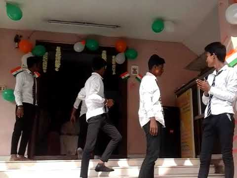 Students of mj5 dance performance