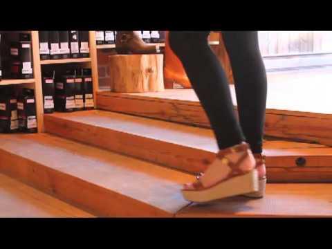 Michael Kors - Jalita Charm Sandal In Luggage
