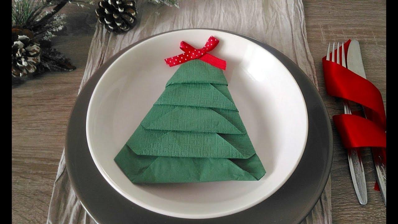 Piegare Tovaglioli Di Carta come piegare un tovagliolo a forma di albero di natale- how to fold a  napkin like a christmas tree