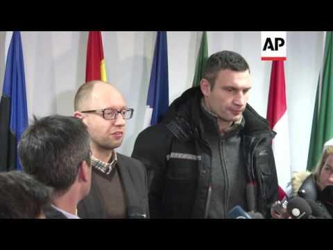 Klitschko and Yatsenyuk hold talks with EU commissioner