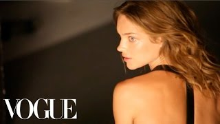 """Gisele Bündchen, Lara Stone, and Daria Werbowy in """"Bodies of Work"""" - Vogue Diaries"""