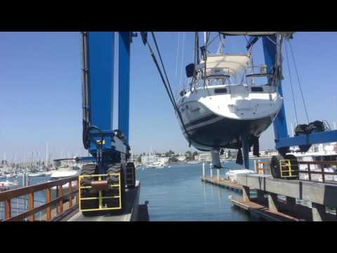 2004 Hunter 456cc Passage Sailboat Haulout for Survey and hull design