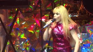 Paloma Faith -  Lullaby - live Leeds 2018