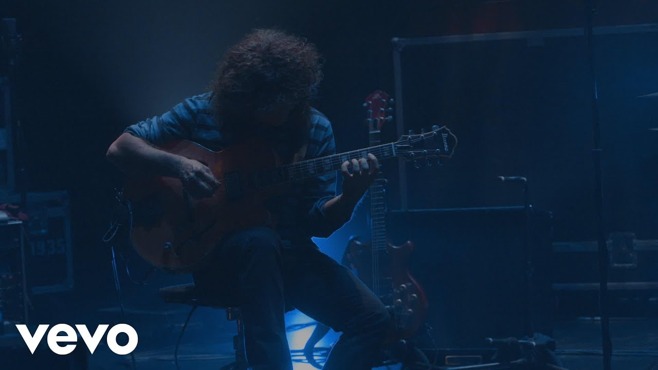 pat-metheny-this-belongs-to-you-live-at-the-five-angels-theater-new-york-2014-patmethenyvevo