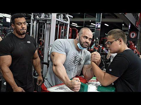 SCHOOLBOY VS Whole Gym in Dubai | Arm Wrestling 2.0