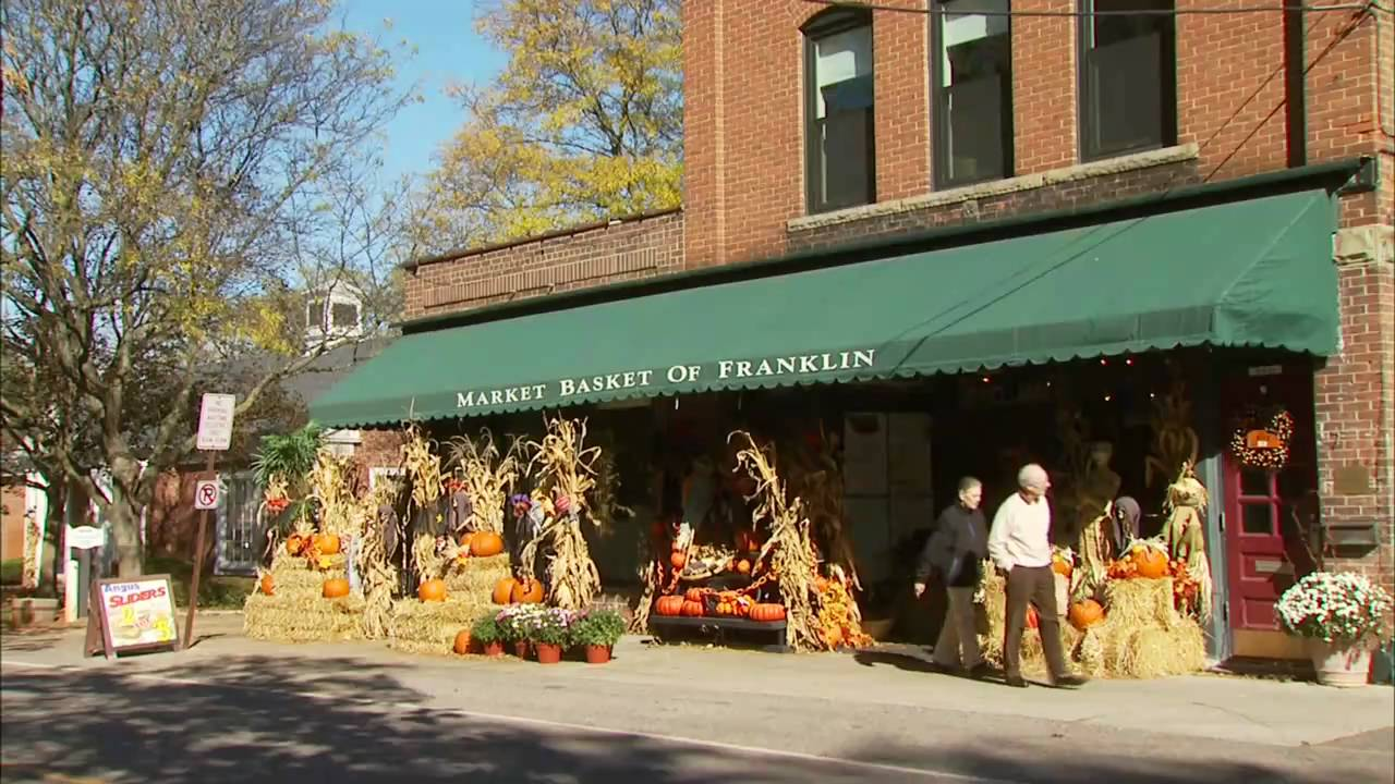 Michigan oakland county franklin - Main Street Oakland County Franklin Mi