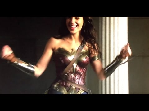 Wonder Woman Body Paint Girl - Cosplay from YouTube · Duration:  15 seconds