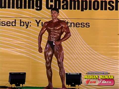 Mr TamilNadu Muscial posing