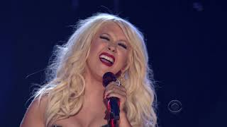Christina Aguilera - Tribute to Aretha Franklin (Live At Grammy Awards 2011)