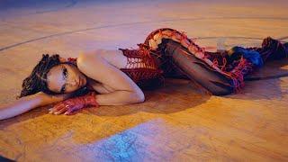 Tinashe - Bouncin [Official Music Video]