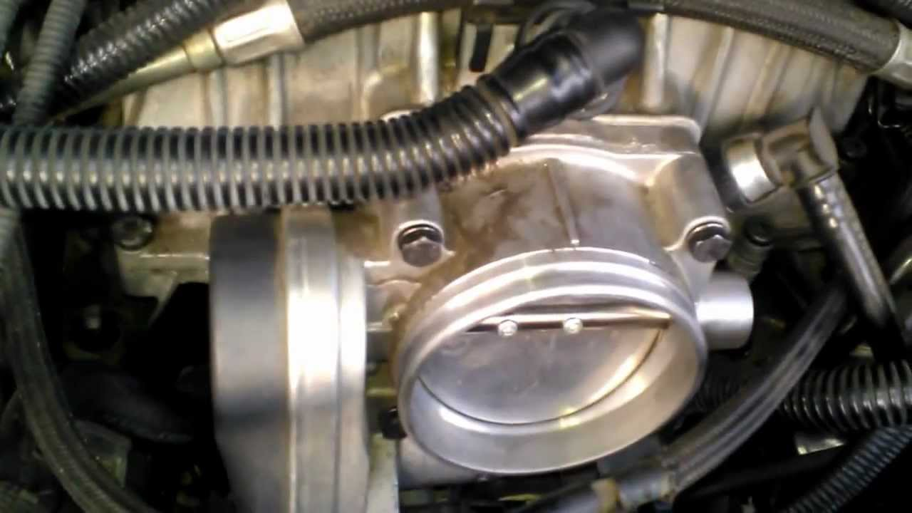Problem with BMW throttle body 545i 2005 not sure what's causing the  trigger