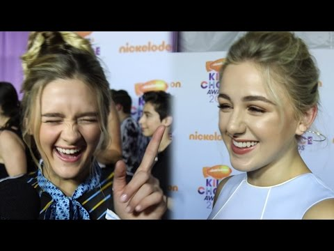 Celebs Sing Karaoke At The 2017 Kids