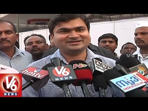 Karimnagar Collector Sarfaraz Ahmad Reaction After Clash With Rasamayi | V6 News