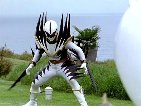 Power Ranger Dino Trueno   Trent vs Ranger Blanco Malvado