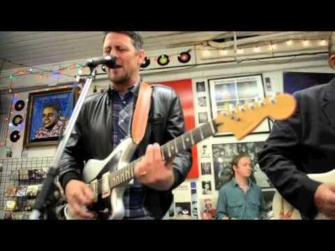 Eric Lindell- Sunday Morning (Louisiana Music Factory- Tue 4/30/13)