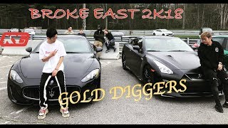 I've officially set up my own car team named Gold Diggers!!!! One o...