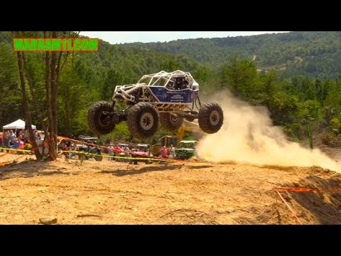 OUTLAW RACERS AREN'T SCARED TO SEND IT