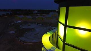 LEGOLAND Beach Retreat Illuminates The Lighthouse for the First Time!