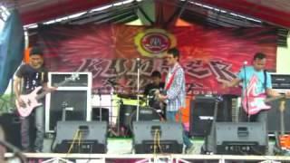Indah Pada Waktunya (Live 31 Des 2012).mp4