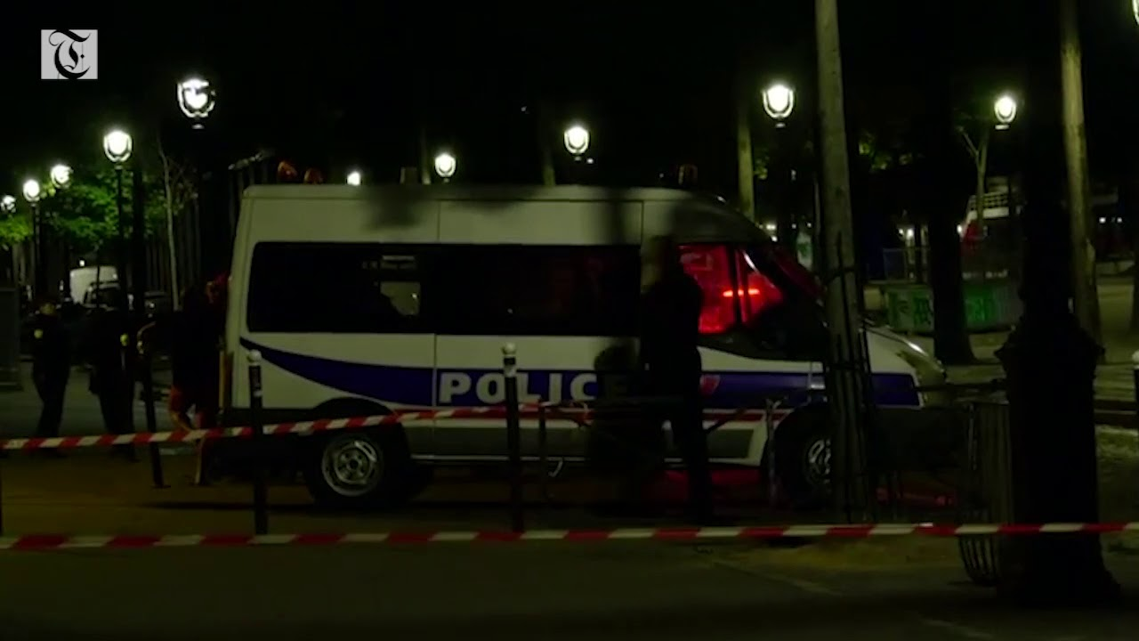 Man arrested after knife attack in Paris wounds seven