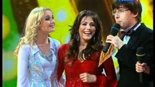 Download Стиляги-шоу. Полина Гагарина, Юля Началова Mp3 and Videos