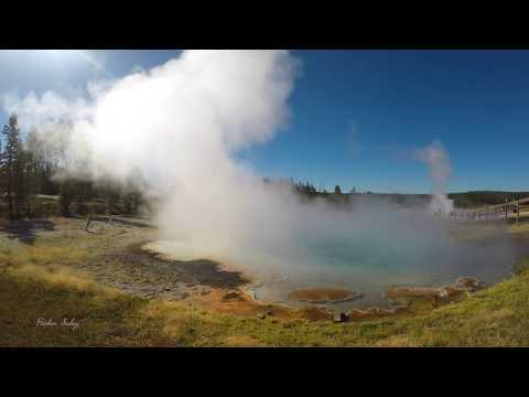 Yellowstone Ntn'l Park -  Lower Geyser Basin/Fountain Paint Pots