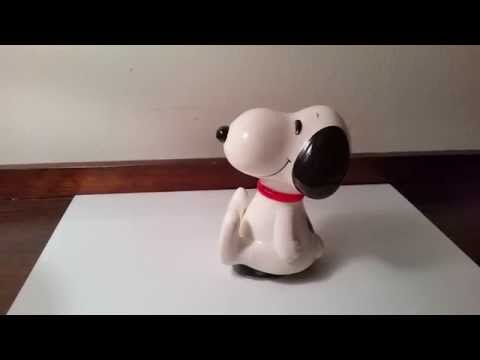 Vintage Peanuts Snoopy Schmid Musical Figurine Collectible