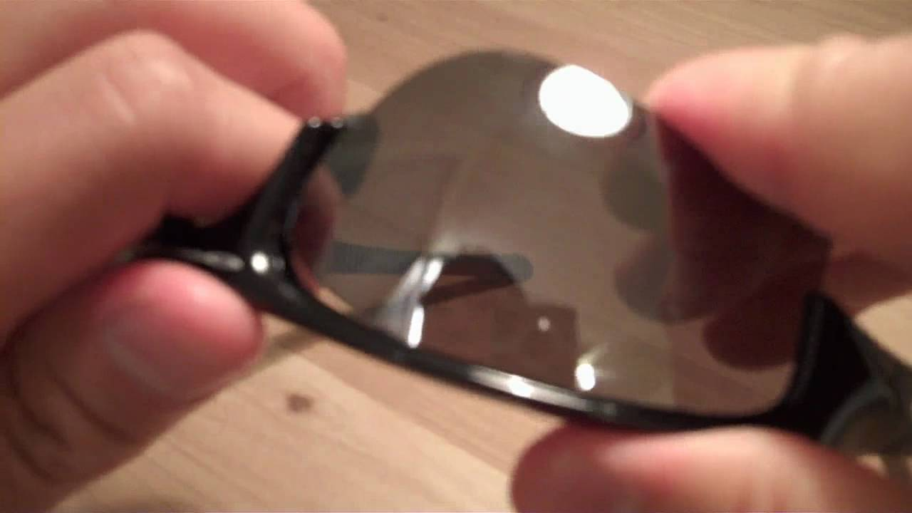 Changing Oakley Flak Jacket Lenses