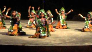 Nagada Sang Dhol Baje performance by childrens