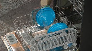 You're Doing It Wrong! H๐w to PROPERLY Load a Dishwasher | Rachael Ray Show