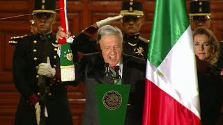 Mexican President's First 'El Grito' Kicks Off Independence Day Celebrations | AFP