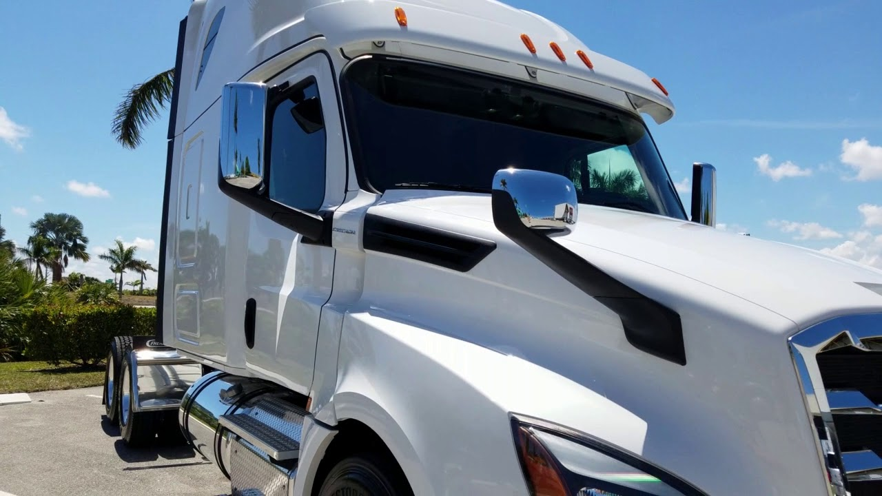New 2019 Freightliner Cascadia 126 Raised Roof Sleeper