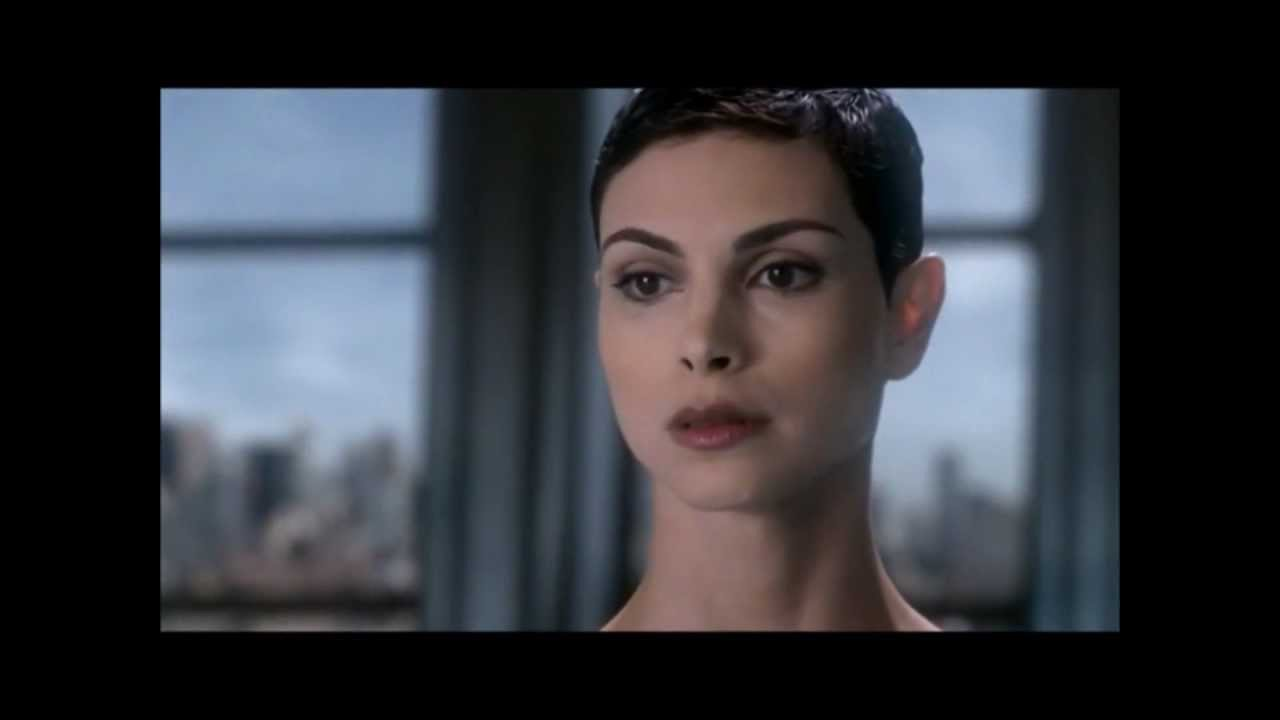 Anna (Morena Baccarin) Has No Mercy In 'V'