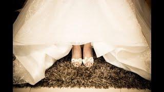 Невеста нашла последнее послание своей умершей мамы на своих свадебных туфлях