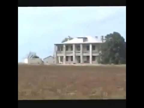 La casa de la matanza de texas youtube for La casa del retal