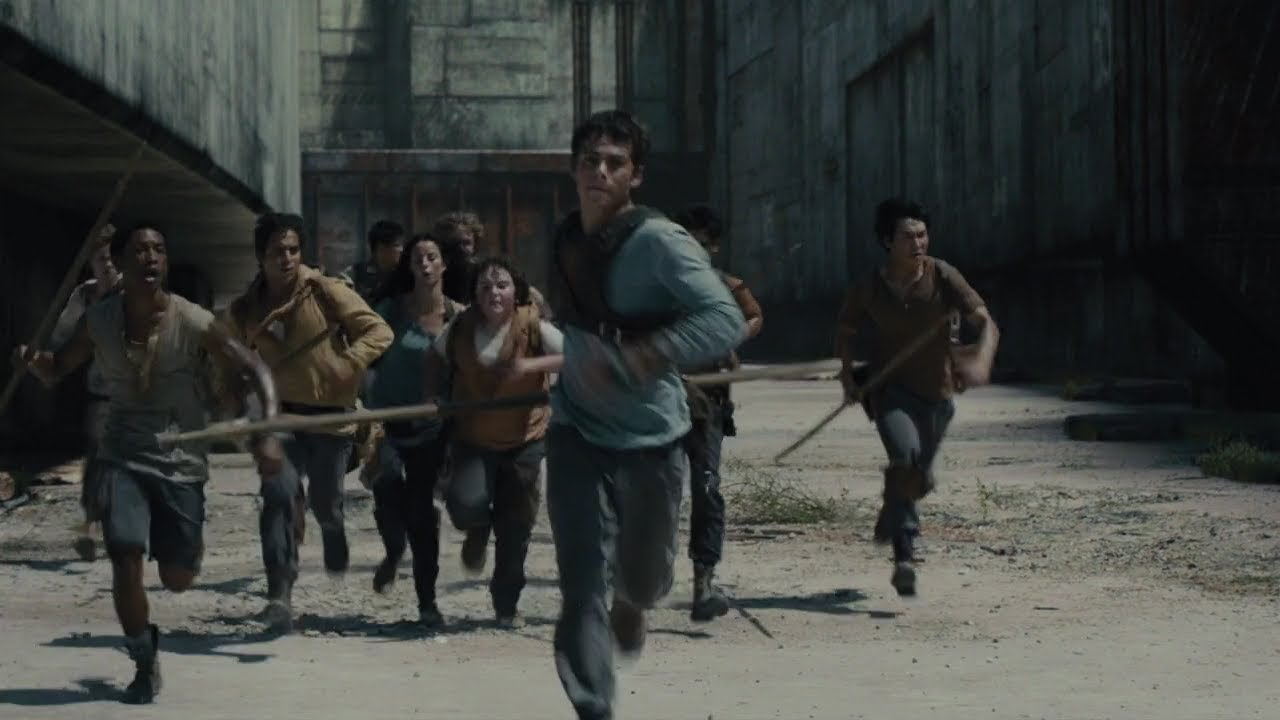 Download Thomas leads the way through The Maze [The Maze Runner]