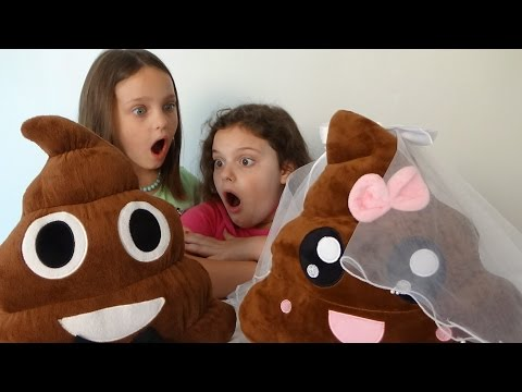 "Thumbnail: Poopy & Patty Wedding ""Pet Poop Emoji Gets Married"" Toy Freaks Victoria & Annabelle"