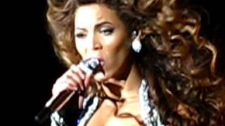 Beyoncé - Halo (live in Gothenburg, May 11, 2009)