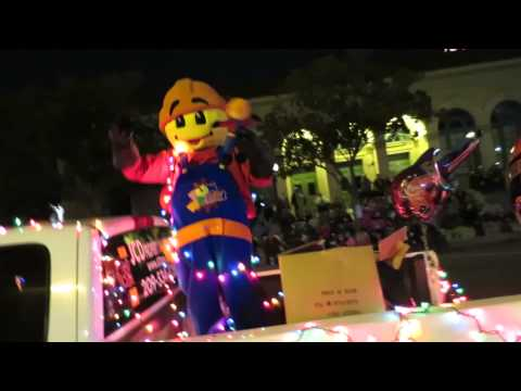 Modesto Celebration Of Lights Christmas Parade