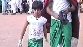 Video Majid khan Butt (kotli luton) vs Raja Majid (kotli) 1991 - Luton Binni Team download MP3, 3GP, MP4, WEBM, AVI, FLV Agustus 2018
