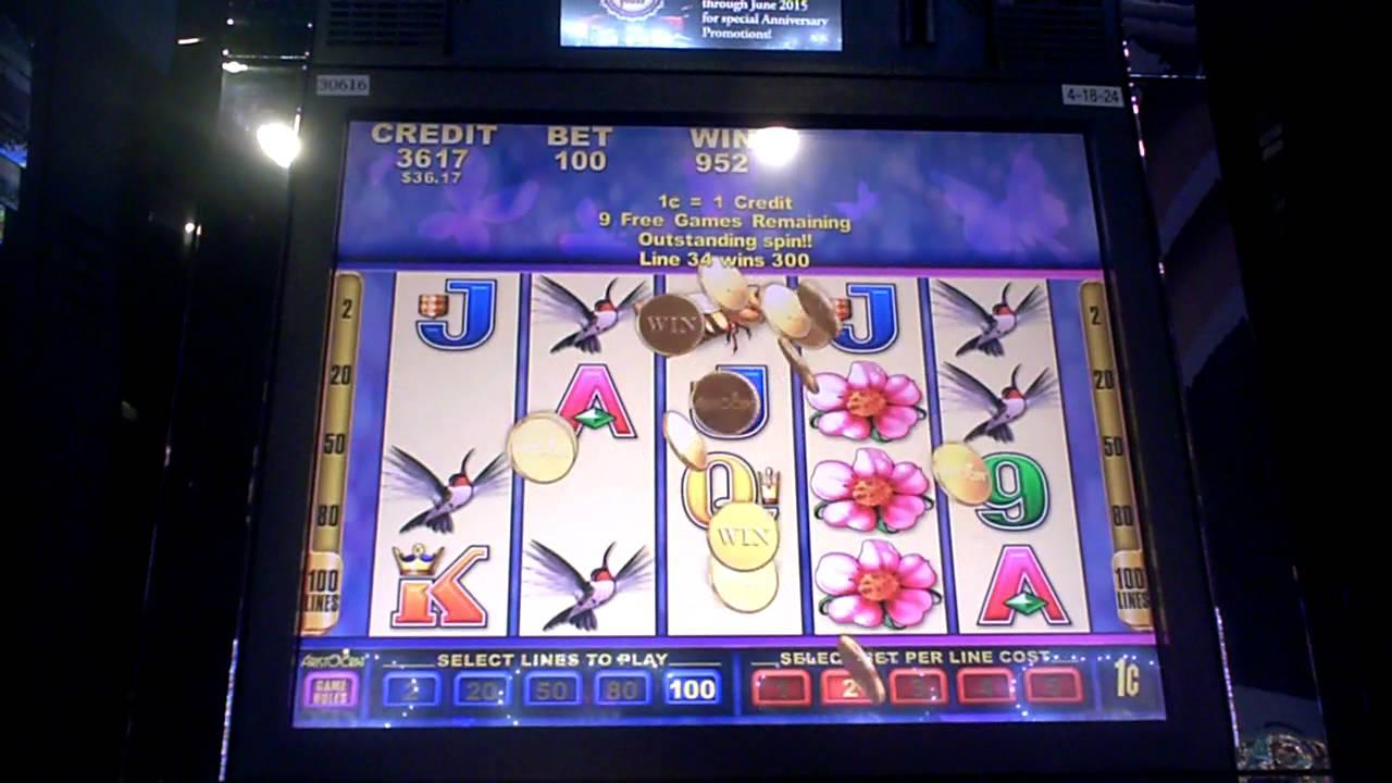 Butterfly Kisses Slot Machine